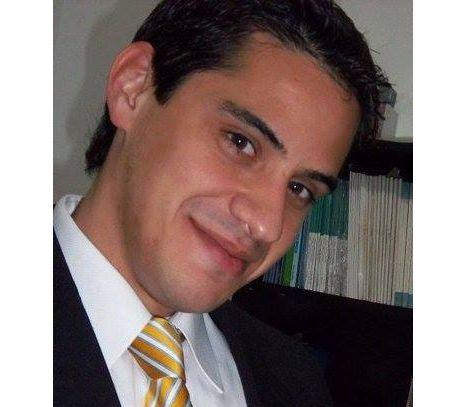 Dr. Sergio Carbone