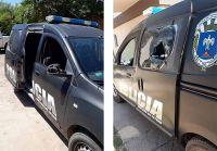 """Integrantes de la banda """"Los Tucumanos"""" lesionaron a dos policías y dañaron un móvil"""