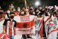 """Furor """"millonario"""" en Santiago del Estero tras la llegada de River Plate [FOTOS y VIDEO]"""