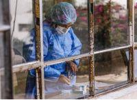 """El coronavirus hoy: curva descendente, monodosis y las variantes """"en calma"""""""