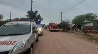 Un joven tuvo que ser trasladado al hospital, tras incendiarse su casa en Añatuya
