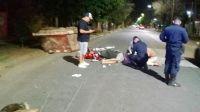Perdió la vida un motociclista de 21 años que chocó contra un contenedor