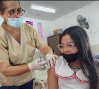 Comenzó la vacunación contra Covid-19 en jardines de infantes y escuelas